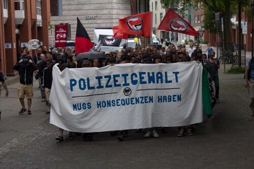 Polizeigewalt muss Konsequenzen haben 2